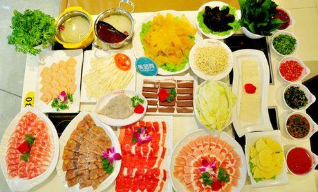 【萬達廣場】九仟時尚火鍋 僅售157元!價值278元的四人餐,提供免費WiFi。