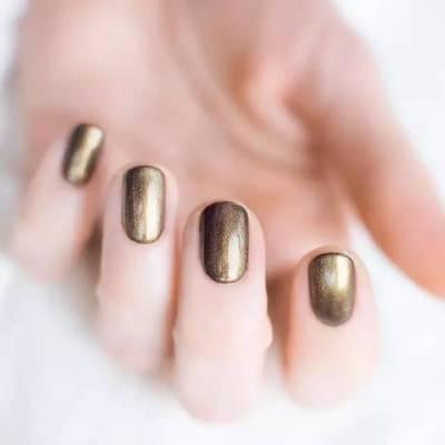 气质金色(可换色)美甲款式图