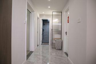 130平米三室两厅现代简约风格走廊图