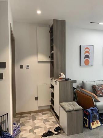 15-20万130平米三室两厅现代简约风格玄关欣赏图