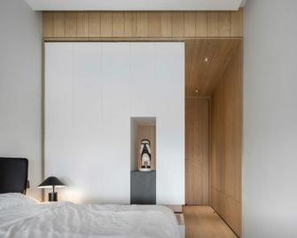 130平米三欧式风格卧室效果图
