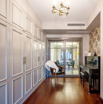 20万以上130平米三室两厅轻奢风格走廊效果图