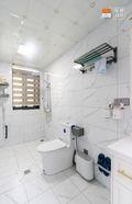 豪华型140平米别墅现代简约风格卫生间设计图