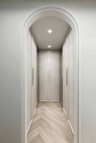 15-20万140平米三室一厅现代简约风格衣帽间图片