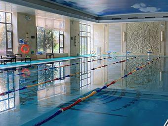 恒·公馆游泳健身