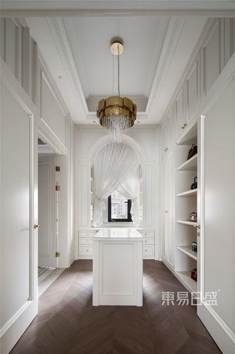 豪华型140平米别墅法式风格衣帽间设计图