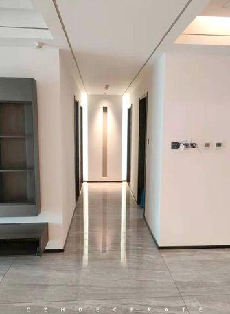 15-20万140平米三室两厅现代简约风格走廊装修图片大全