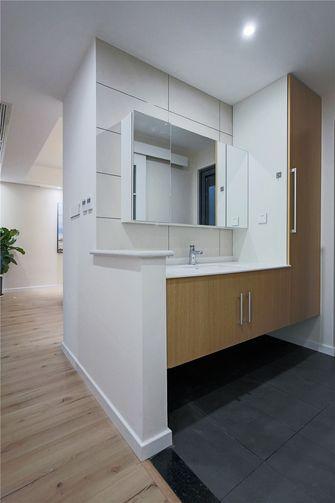 富裕型110平米三室三厅轻奢风格卫生间图片大全