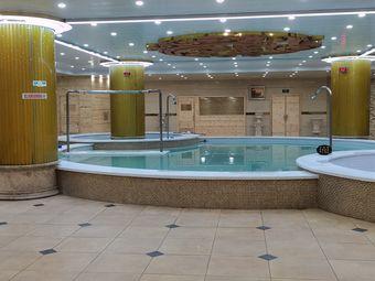 金驼洗浴广场