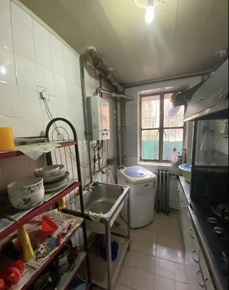 经济型60平米公寓现代简约风格厨房设计图