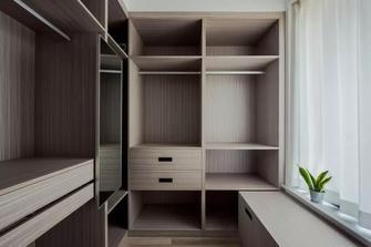 10-15万100平米三室两厅北欧风格衣帽间设计图