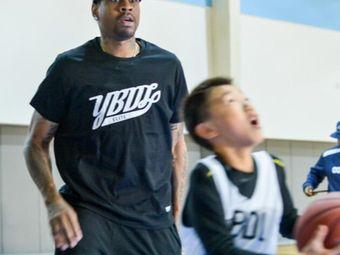 YBDL美式篮球俱乐部(崂山校区)