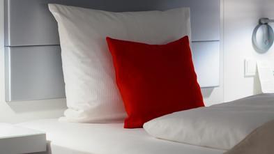 欧式风格卧室装修案例