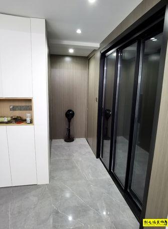 经济型100平米三室两厅现代简约风格走廊图片