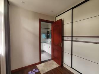 豪华型140平米别墅中式风格衣帽间装修效果图