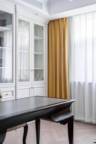 5-10万110平米法式风格卫生间装修案例