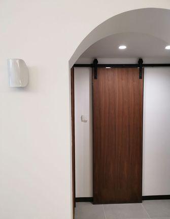 10-15万80平米三室两厅现代简约风格走廊欣赏图