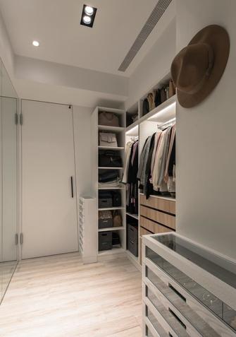 20万以上110平米三室一厅北欧风格衣帽间欣赏图