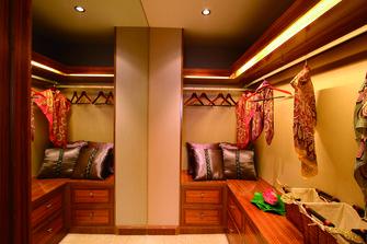140平米三东南亚风格客厅设计图