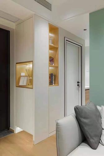 经济型60平米现代简约风格玄关装修案例