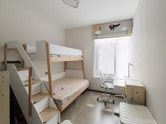 现代简约风格青少年房装修效果图