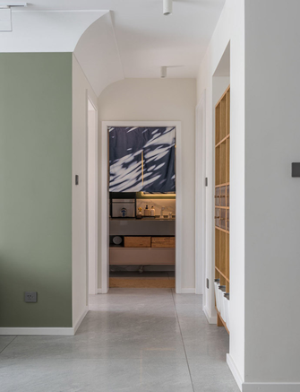15-20万三室两厅现代简约风格走廊设计图