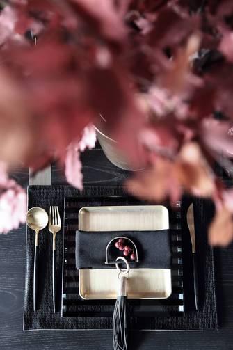20万以上140平米别墅中式风格餐厅设计图