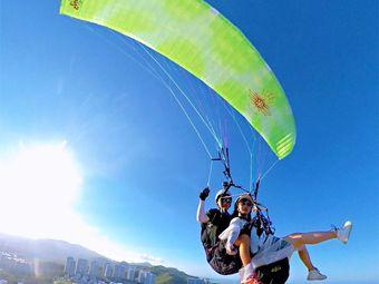 龙栖湾国际滑翔伞飞行营地接待中心