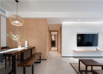 富裕型140平米四中式风格餐厅图片