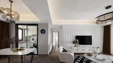5-10万110平米三室两厅轻奢风格走廊图