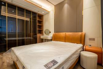 10-15万80平米轻奢风格卧室图片