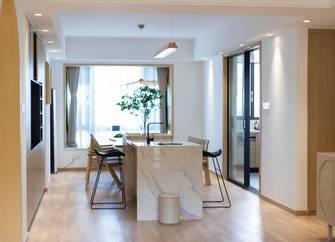 140平米三室一厅混搭风格餐厅图片