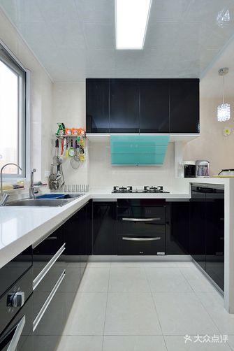 富裕型120平米三现代简约风格厨房装修效果图