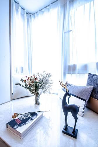 豪华型120平米三室两厅轻奢风格客厅装修案例