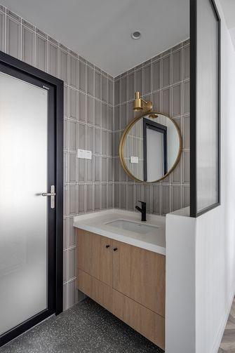 富裕型130平米公寓北欧风格卫生间图