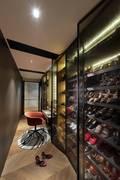 130平米四室一厅港式风格衣帽间装修案例