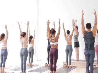 禅馨瑜伽·孕产·普拉提私教工作室