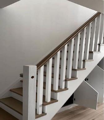 豪华型140平米轻奢风格楼梯间图片
