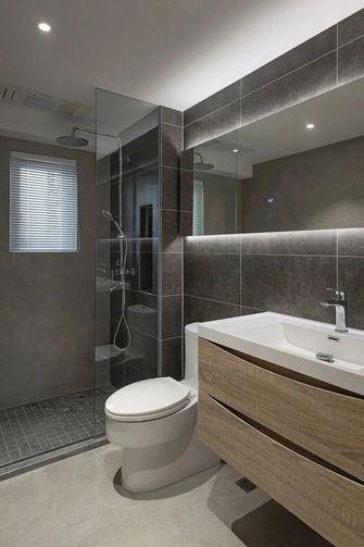 富裕型120平米三室一厅日式风格卫生间图片