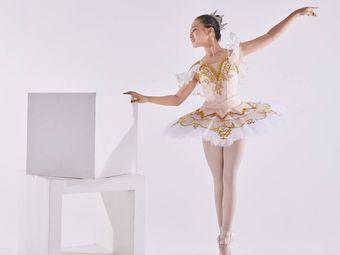 艾翎克拉拉芭蕾培训中心