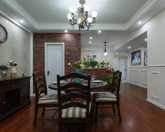 110平米三美式风格客厅图片