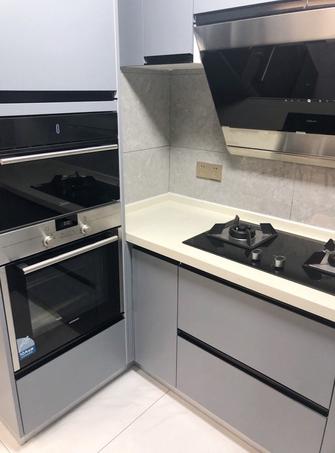 110平米四室两厅轻奢风格厨房图片