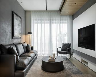 三欧式风格客厅装修案例