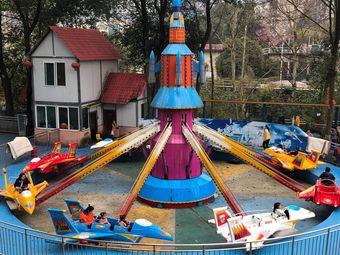 欢乐城堡游乐园