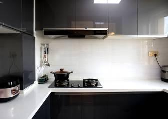 经济型130平米三中式风格厨房图