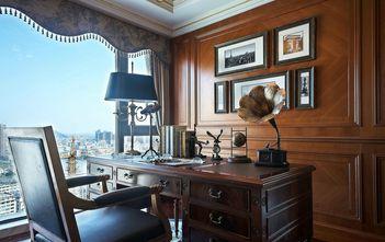 豪华型三室一厅欧式风格书房效果图