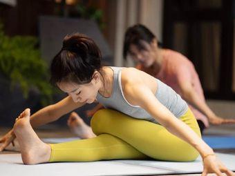 爱玛瑜伽·普拉提馆(仁恒店)