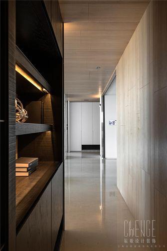 富裕型120平米三室一厅现代简约风格走廊图片