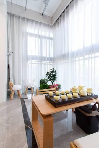 70平米三室一厅轻奢风格阳台装修效果图