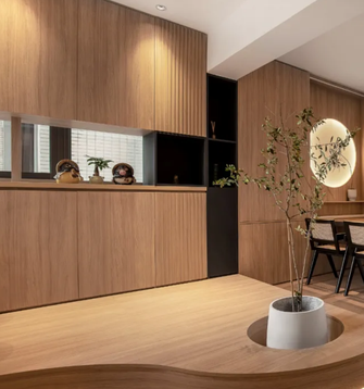 豪华型140平米三室两厅日式风格玄关图片大全